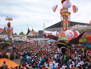 Festival Tabuik, Perhelatan Akbar Masyarakat Pariaman