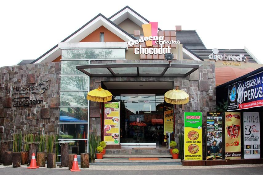Gerai chocodot terletak di Jalan Siliwangi, Tarogong, Garut