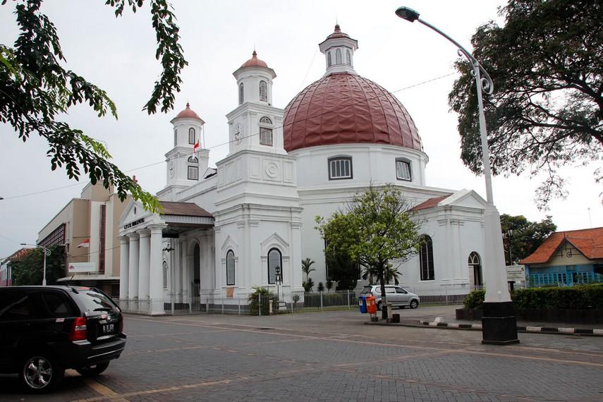 Gereja Blenduk menjadi salah satu bangunan yang berada di Little Netherland