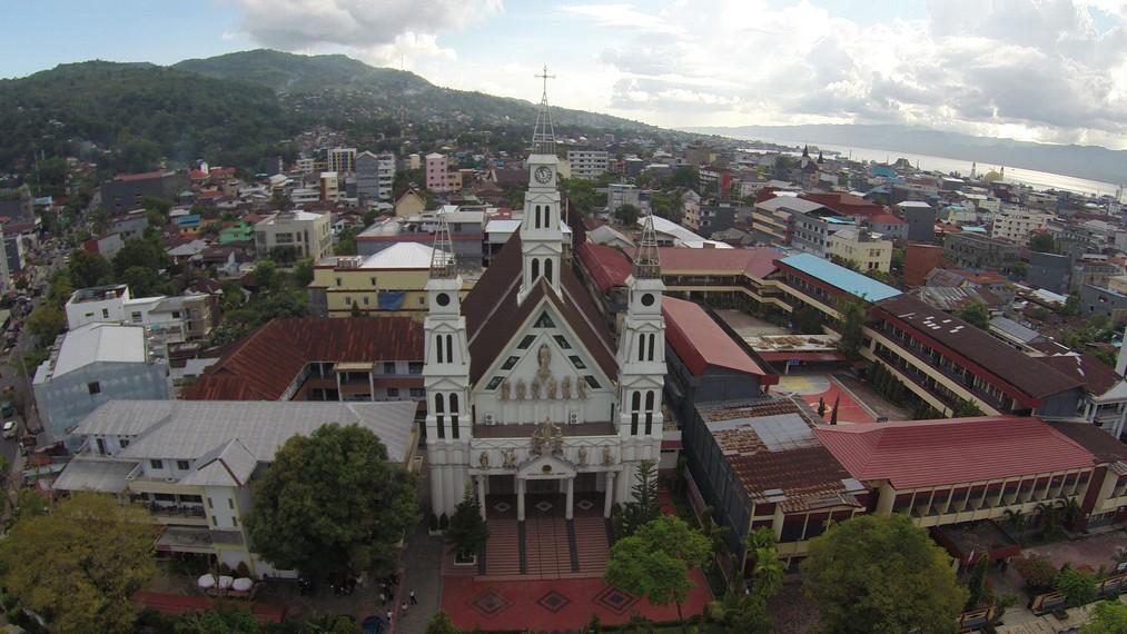 Gereja tampak dari atas