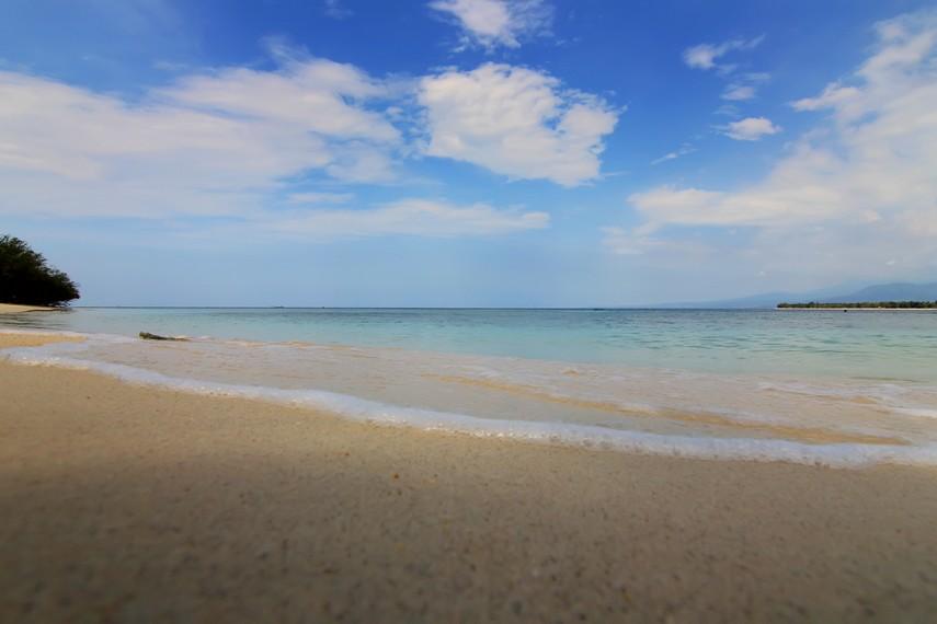 Gili Meno terletak di Kabupaten Lombok Utara, Lombok, NTB