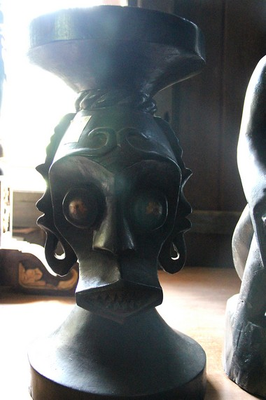 Tuah himba diambil dari semboyan kota Tenggarong, 'Tuah Himba Untung Langgong'
