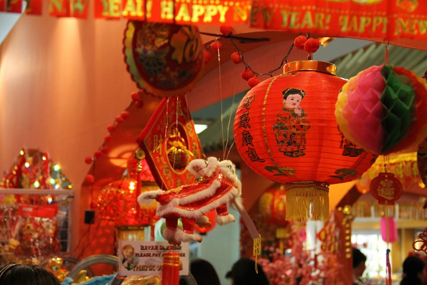 Lampion sebagai atribut Imlek menjadi simbol pengharapan bahwa tahun yang akan datang diwarnai keberuntungan dan kebahagiaan