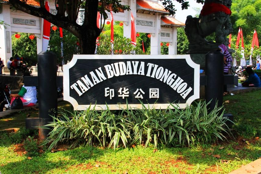 Keberadaan anjungan Taman Budaya Tionghoa merupakan pengakuan bahwa peranakan Tionghoa adalah bagian tak terpisahkan dari bangsa Indonesia