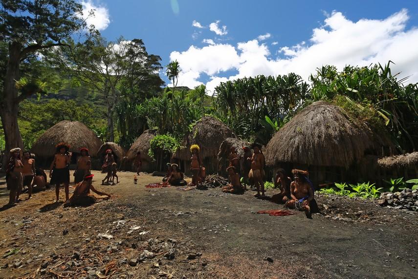 Inilah situasi di dalam satu Silimo yang dimiliki suku Dani