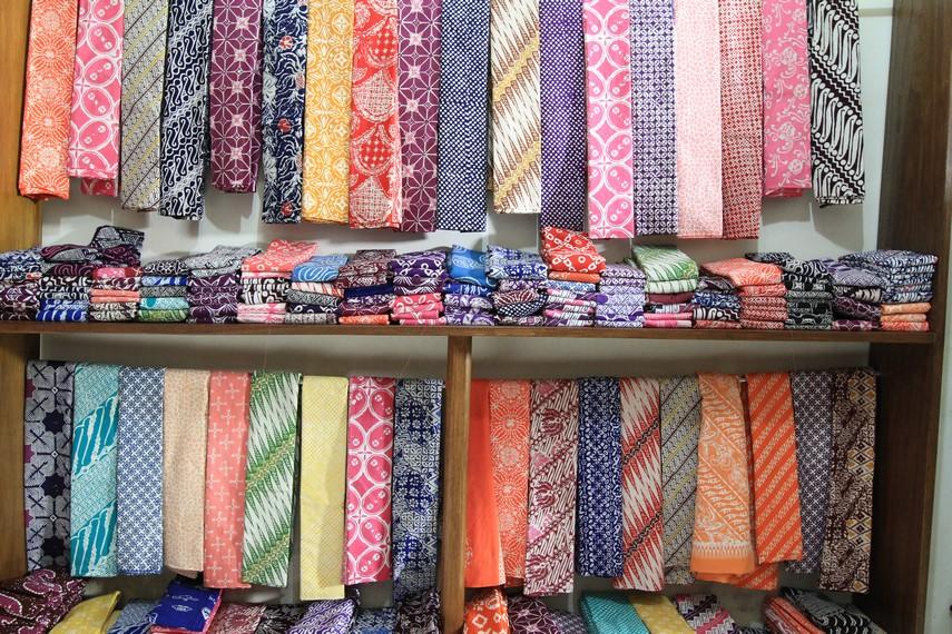 Aneka warna dan motif Batik Garut
