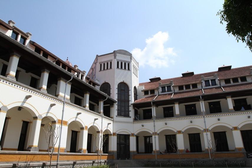 Bagian luar gedung Lawang Sewu
