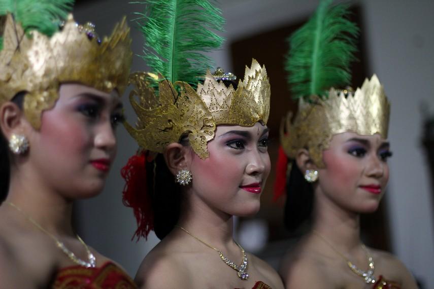 Mahkota Penari Gambyong Sala Minulyo