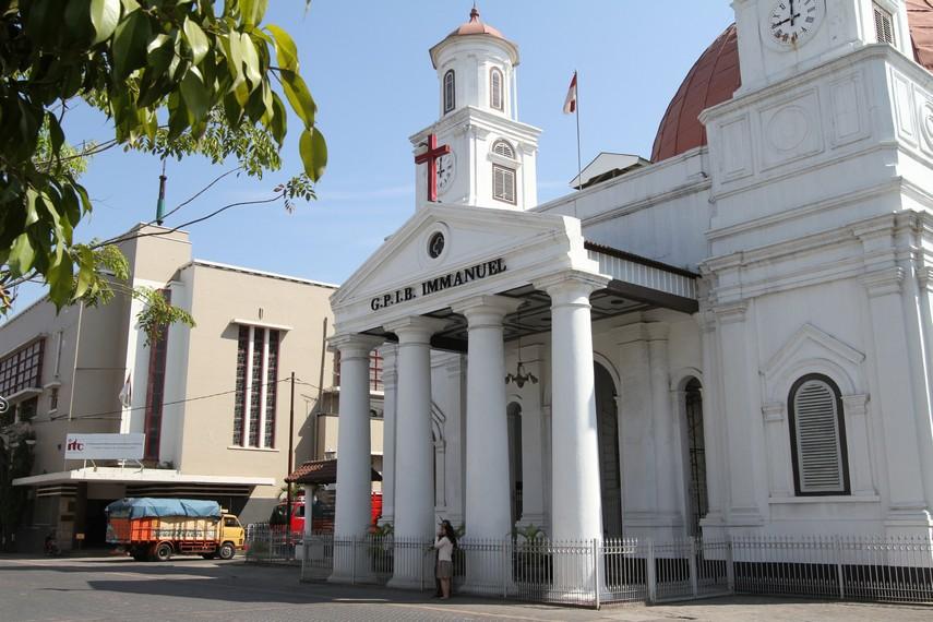 Tampak depan Gereja Blenduk