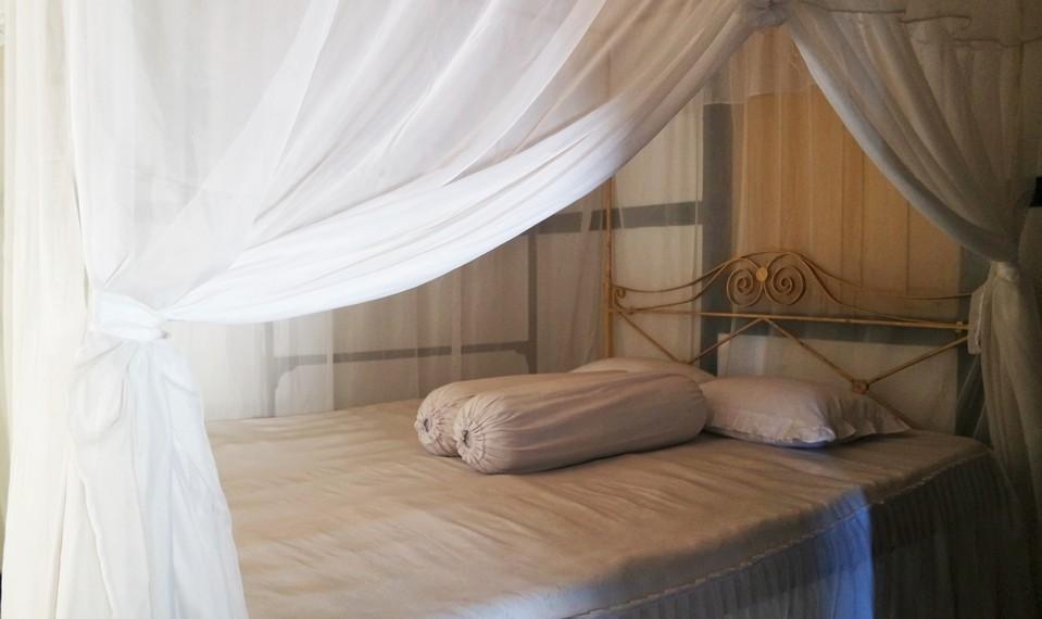 Kamar tidur semasa Bung Karno diasingkan oleh Belanda di Ende