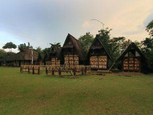 Menyambangi Bekas Kasepuhan Sunda di Kampung Budaya Sindang Barang