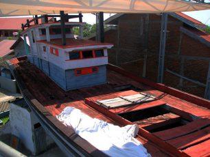 Kapal Penyelamat Warga Saat Tsunami di Aceh