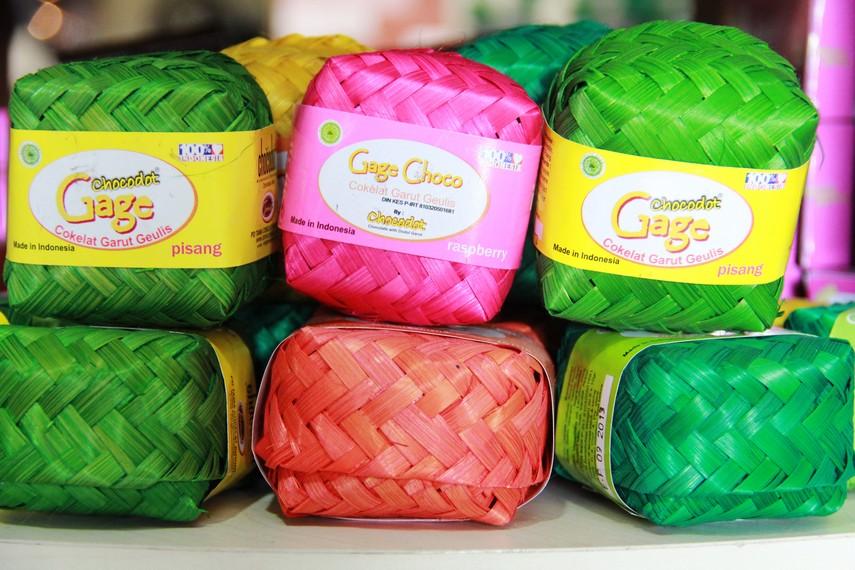 Chocodot merupakan penggalan dari chocolate with dodol Garut yang lalu berubah menjadi Indonesian chocolate