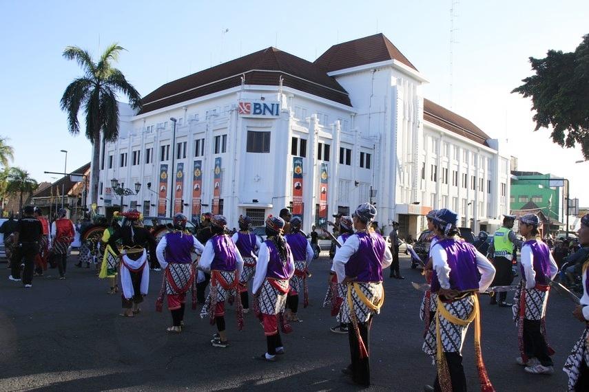 Kirab Budaya saat melintasi Jalan Malioboro Yogyakarta