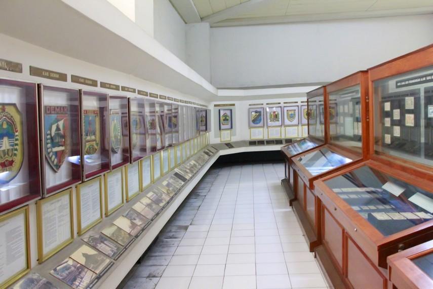 Koleksi berbagai lambang Kabupaten di Jawa Tengah