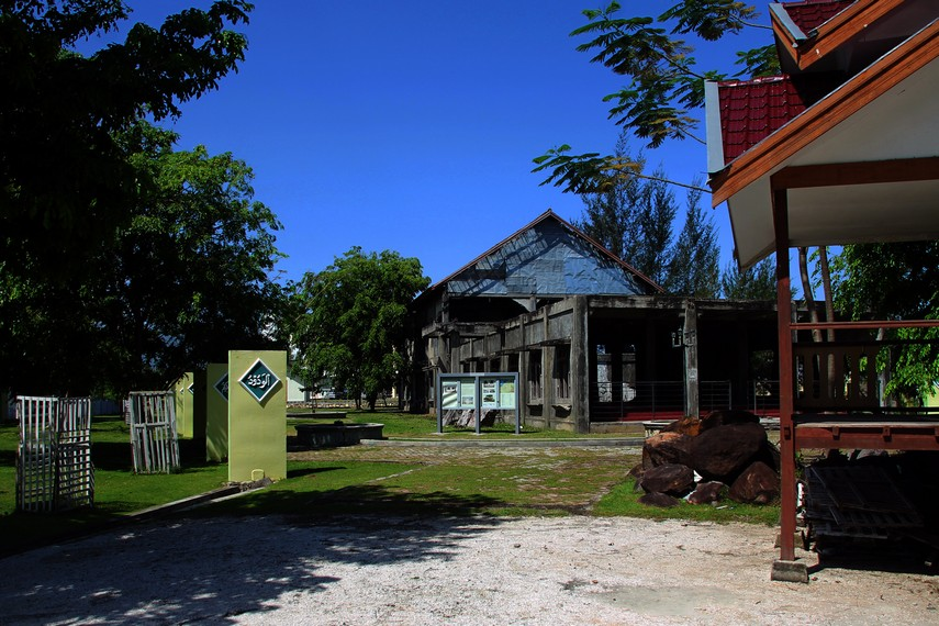 Kompleks di Jl. Pocut Baren No. 30 ini ada di kawasan yang paling parah terdampak Tsunami di Banda Aceh