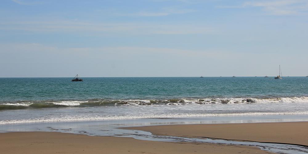 Landainya_Pantai_Citepus_Pelabuhan_Ratu.jpg