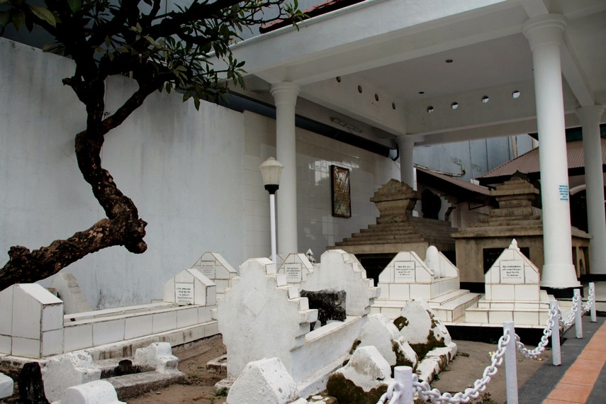 Makam para keturunan Pangeran Diponegoro