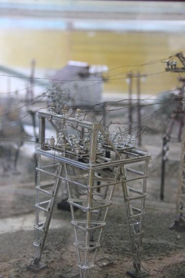 Maket penambangan timah yang dahulu banyak terdapat di Belitung menjadi salah satu yang menarik di Museum Tanjung Pandan