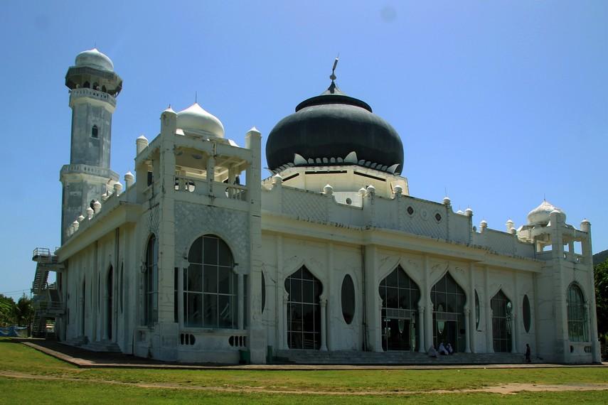 Masjid Rahmatullah, menjadi satu-satunya bangunan selamat di Kampung Lampuuk
