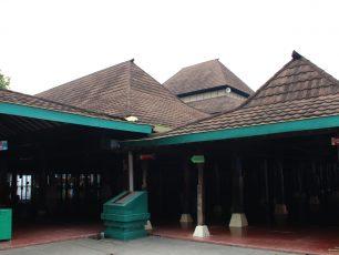 Masjid Sang Cipta Rasa, Bagian Sejarah Islam di Tanah Cirebon