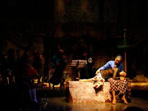 Krontjong Mendoet, Musik Keroncong Berpadu dengan Puisi