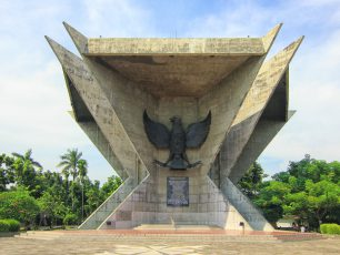 Monpera, Simbol Perjuangan Rakyat yang Bergelora