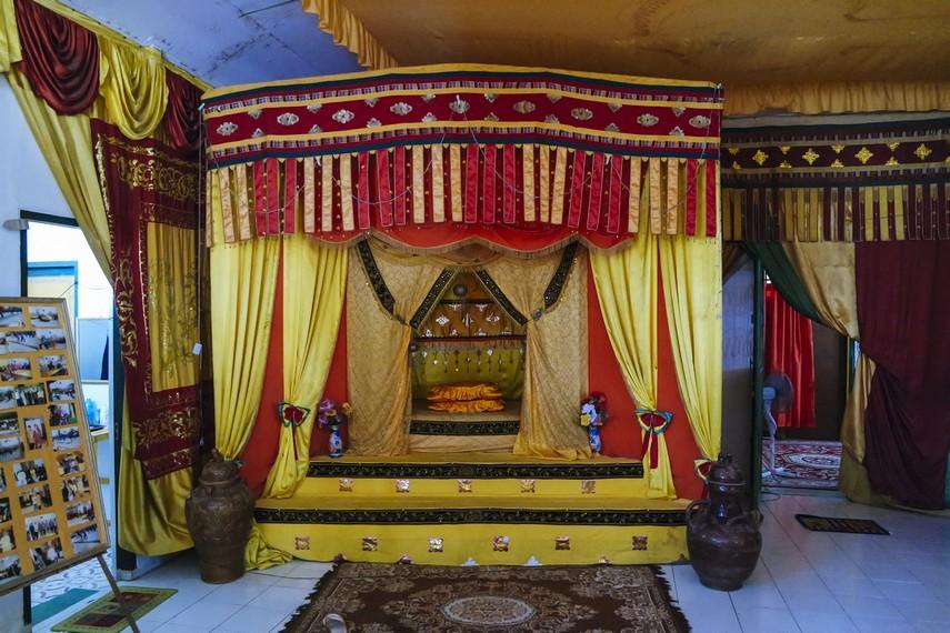 Museum Kesultanan Bulangan dibangun oleh pemerintah di lokasi dimana dulu terdapat Istana Kesultanan Bulungan