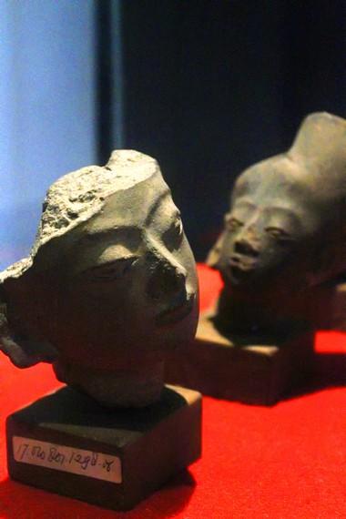 Museum Seni Rupa dan Keramik juga menyimpan gerabah peninggalan Kerajaan Majapahit
