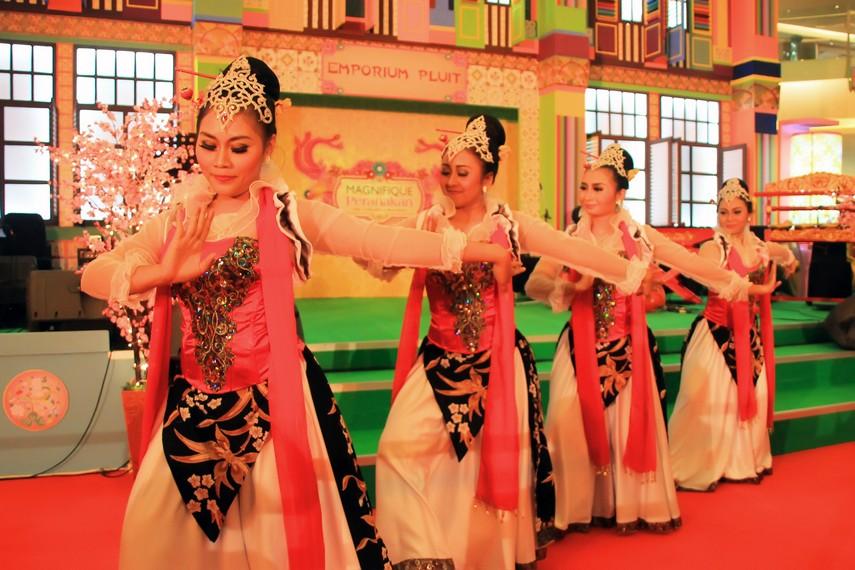 Tari Cokek Tari Pergaulan Yang Luwes Indonesia Kaya