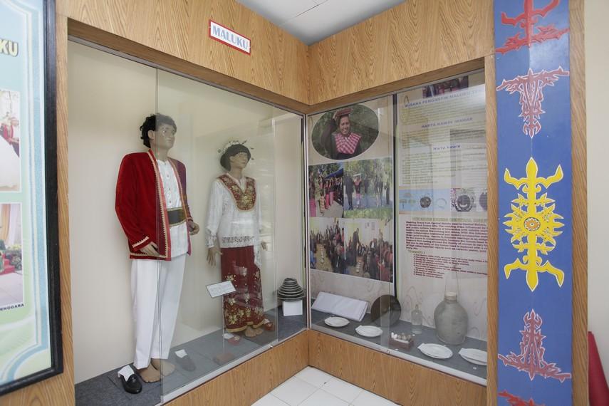 Pakaian khas Maluku