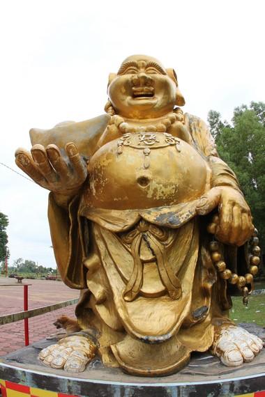 Dewa Kebahagiaan atau Buddha Maitreya