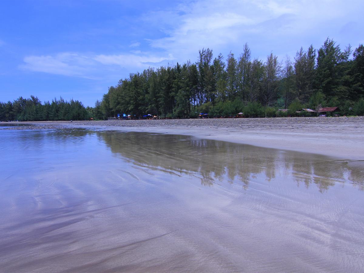 Pantai_Air_Manis_1200.jpg