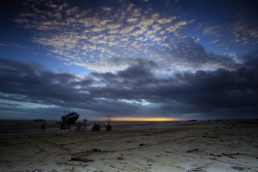 Pantai Lampu Satu, pantai yang menjadi obyek wisata utama kota Merauke