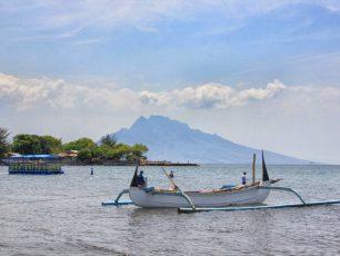 Pantai Pathek, Sensasi Wisata di Pantai Nelayan