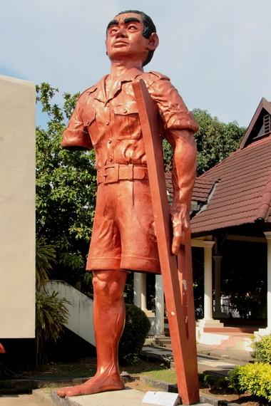 Patung yang menggambarkan penderitaan korban Westerling