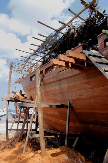 Pembuatan perahu Pinisi dilakukan setelah ada pemesanan