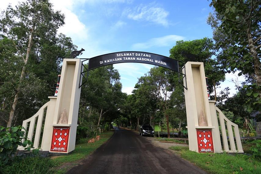 Pintu masuk kawasan Taman Nasional Wasur