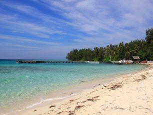 Surga Bawah Laut di Pulau Jawa Bernama Pulau Menjangan Kecil