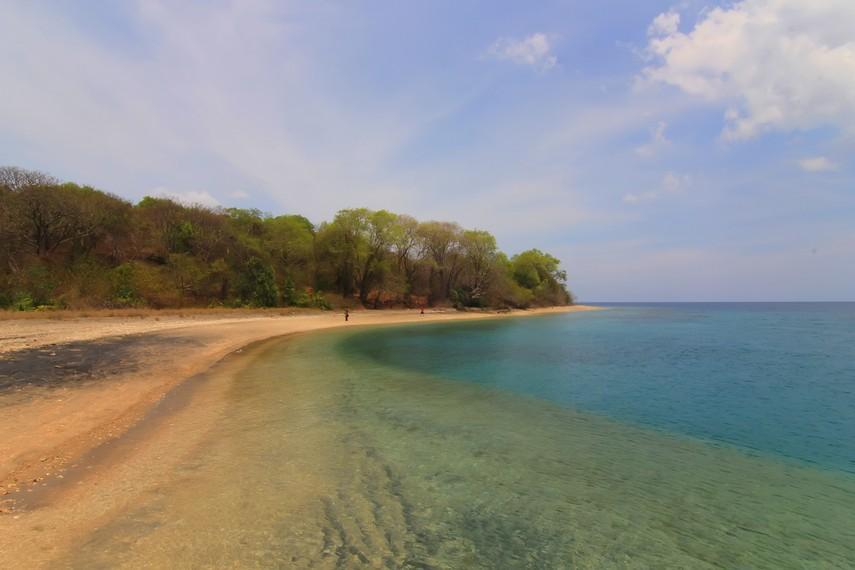 Pulau Moyo telah menjadi cagar alam yang dilindungi Pemerintah Sumbawa