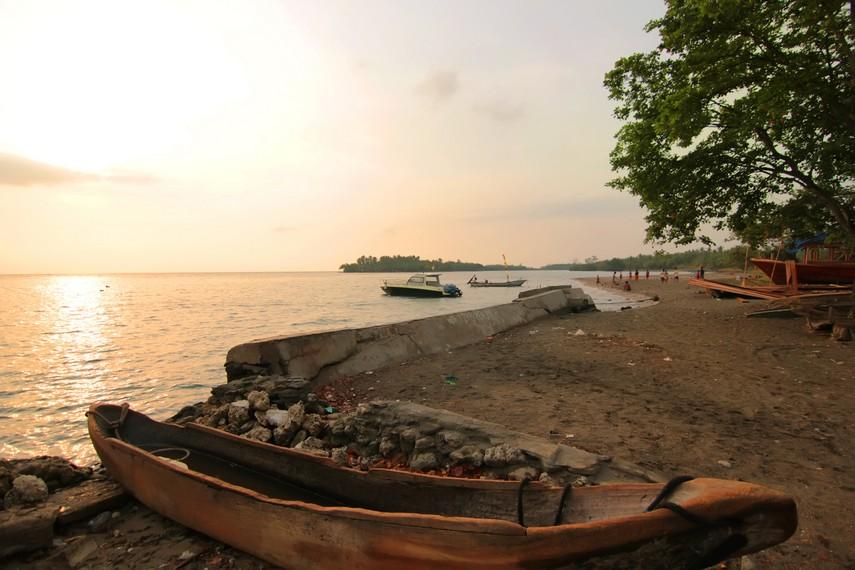 Pulau Sebesi menjadi titik persinggahan sebelum melakukan perjalanan ke Krakatau