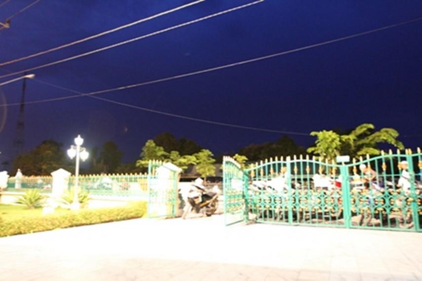 Gerbang Makam Sultan Siak