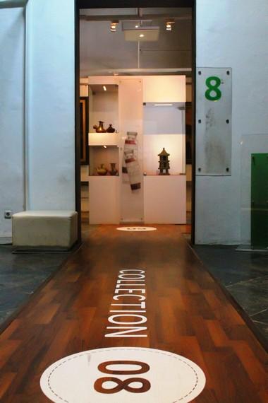 Ruang-ruang di Museum Seni Rupa dan Keramik menyimpan berbagai benda seni mulai dari lukisan hingga gerabah