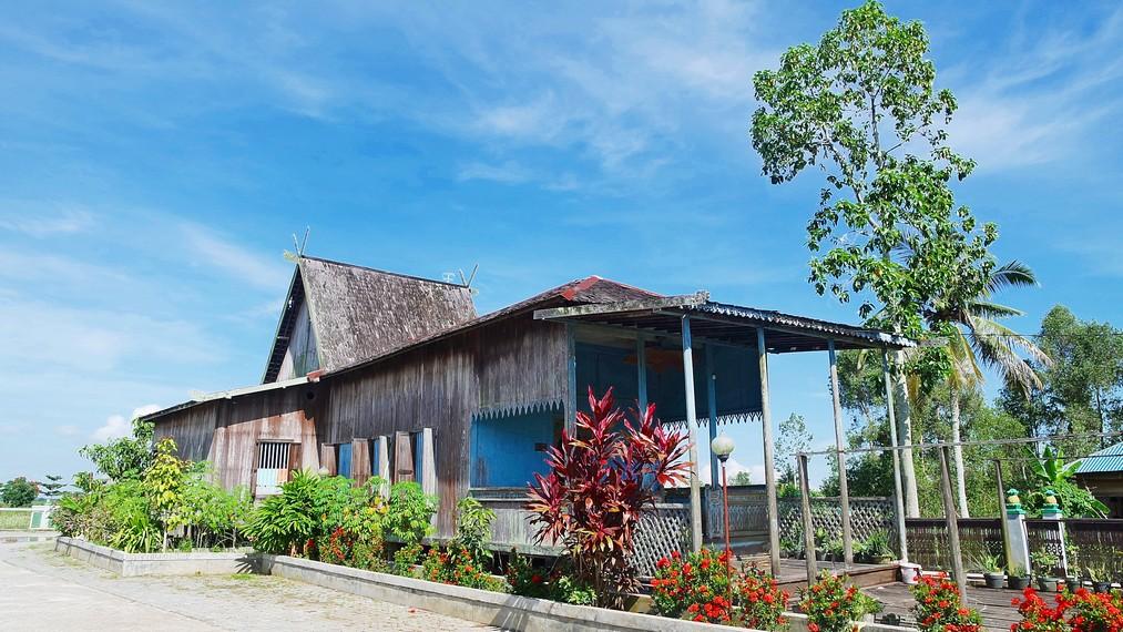 Rumah Gajah Baliku adalah salah satu rumah tradisional suku Banjar (rumah Banjar) diKalimantan Selatan