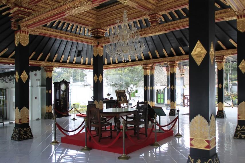 Rumah Kaca salah satu bangunan yang terdapat di Komplek Keraton Yogyakarta