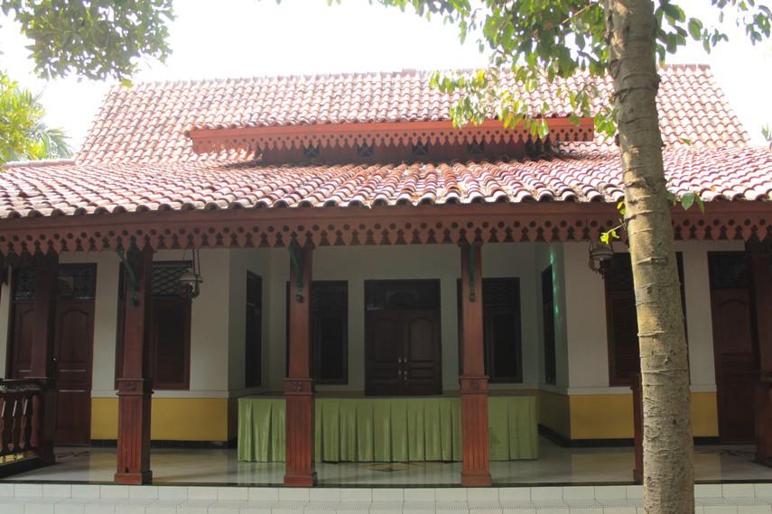 Keasrian Rumah Betawi membuat rumah ini sangat nyaman sebagai tempat tinggal