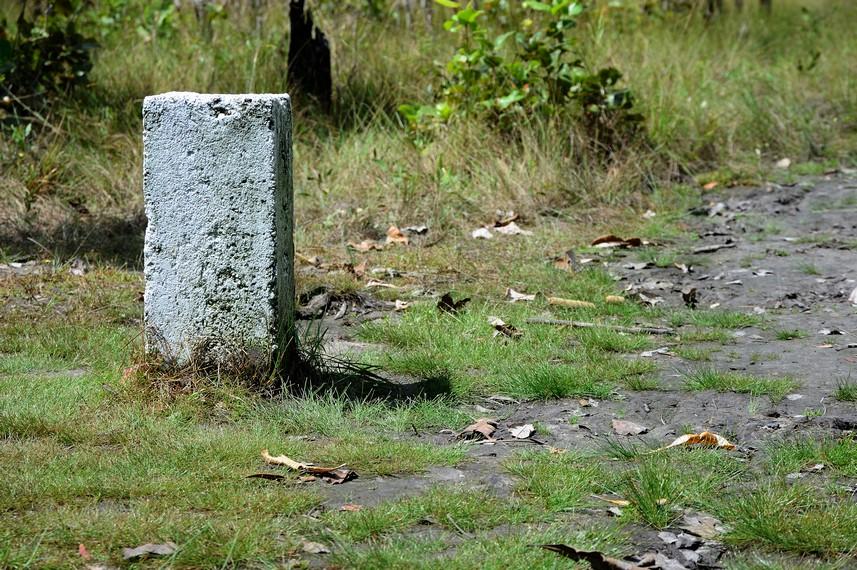 Salah satu batu patok perbatasan antara Indonesia dan PNG