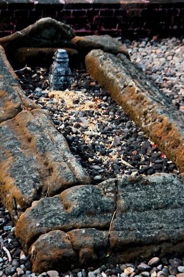 Salah satu makam yang sudah berusia ratusan tahun