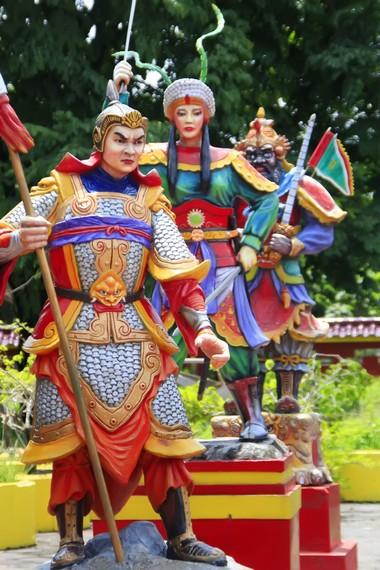 Salah satu patung prajurit yang berada di Klenteng Sam Poo Kong