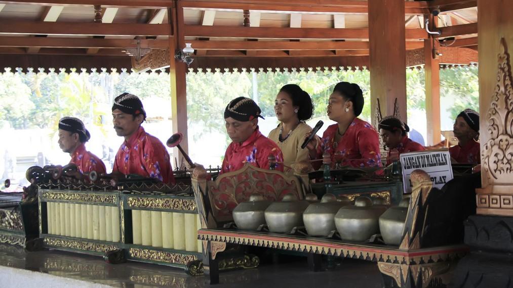 Salah satu pementasan kelompok gamelan di Yogyakarta yang menarik minat masyarakat
